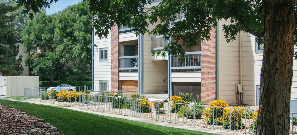 Wadsworth Parkway Apartments